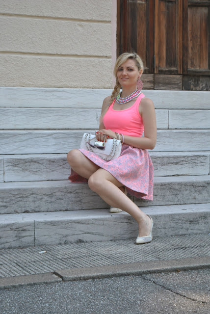 pink outfit how to wear pink how to combine pink mariafelicia magno fashion blogger color block by felym fashion bloggers italy italian influencer  june outfit summer outfits
