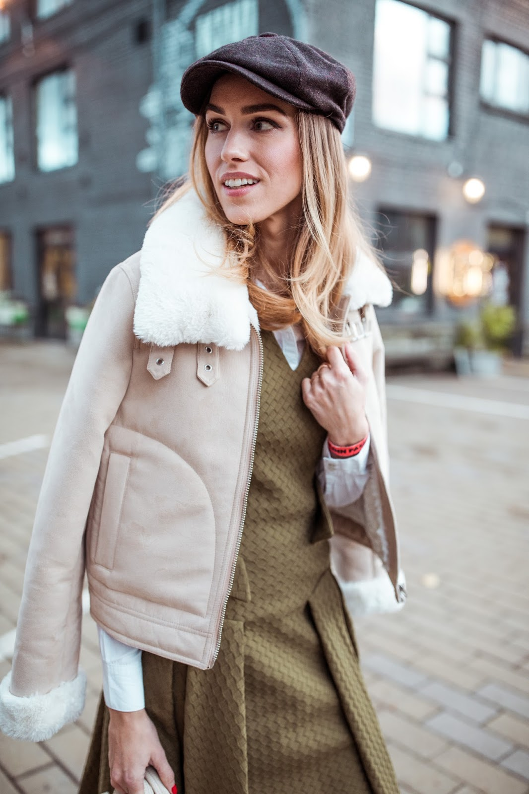 newsboy cap shearling jacket outfit fall