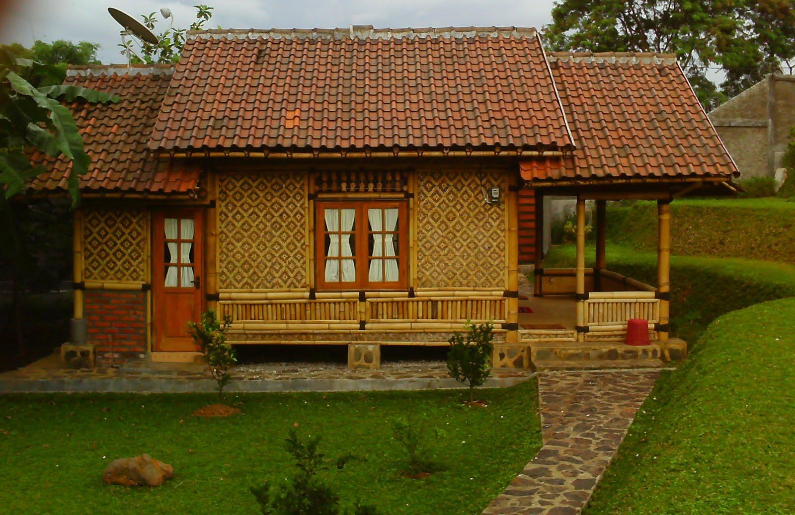 Berikut ini ada beberapa tips desain rumah bambu unik yang aman dan nyaman antara lain & Contoh Desain Rumah Dinding Bambu Unik Nyaman Indah | MAXYPROPERTY ...