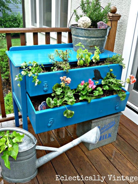 These old dresser drawers are perfect for planting flowers.