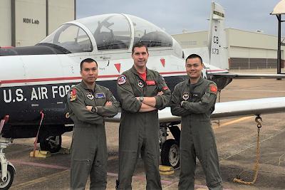 Asian Defence News: First Vietnam Military Pilots Graduating