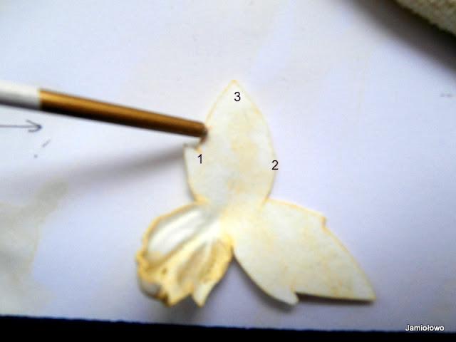 sposób kształtowania lilii