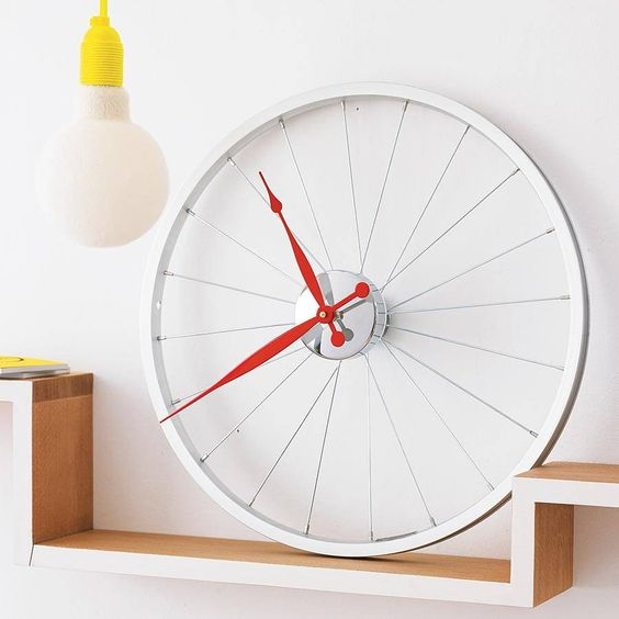 Convert your bicycle wheel into clock