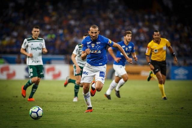 eaf411f2ebe82 Cruzeiro empata com Palmeiras e tenta conquistar hexa da Copa do Brasil  diante do Corinthians