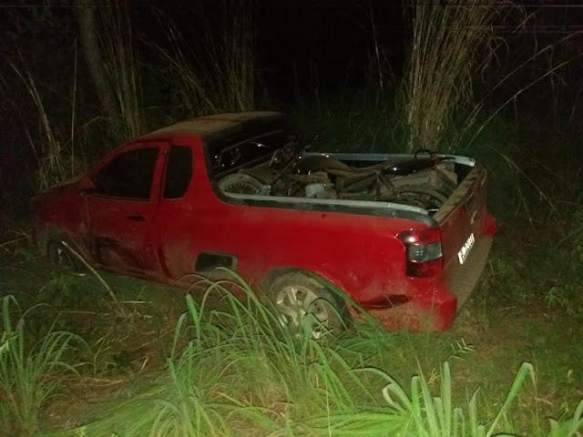 Proprietário de carro roubado em Barreiras persegue bandidos e provoca acidente em Riachão das Neves