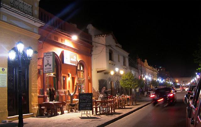 Bares em Salta, na Argentina