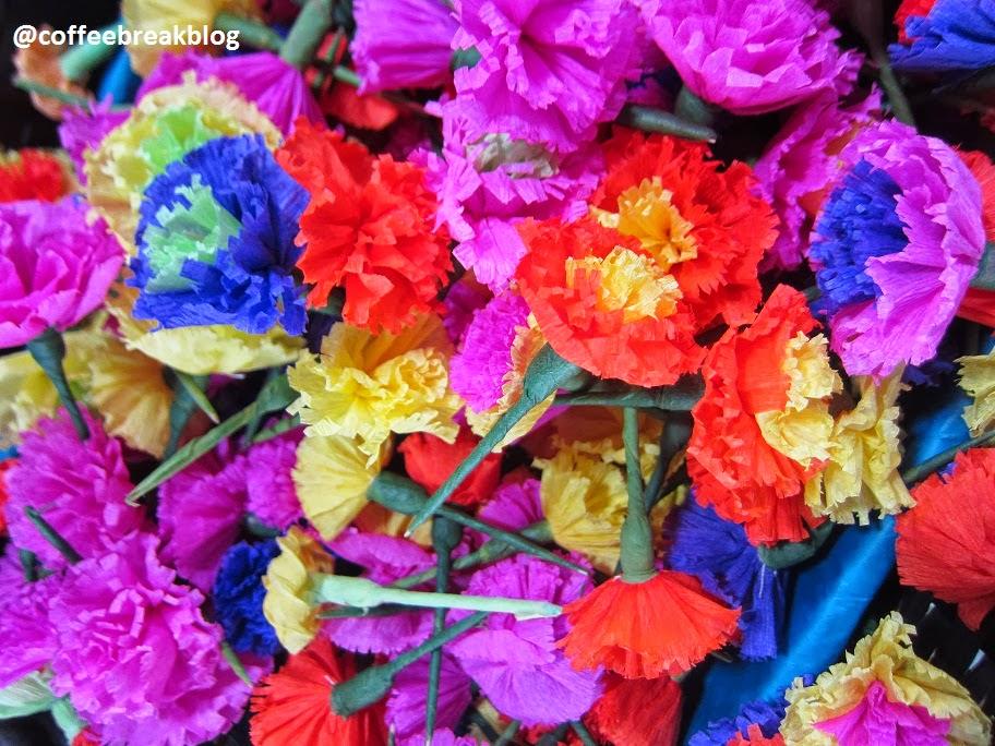 Mercadito de los Muertos - fiori di carta