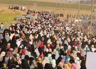 الوجود الهائل للفلسطينيين في قطاع غزة في مسيرات العودة