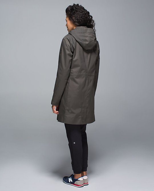 lululemon rain on jacket