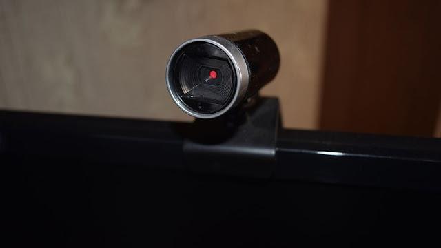 الآن الهاكرز يحتاجون فقط إلى 28$ لاختراق كاميرا الويب الخاصة بك !