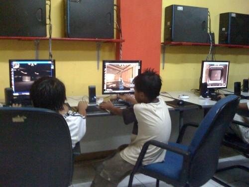 Cara yang Bisa Dilakukan Orang Tua Agar Anak Tak Kecanduan Games