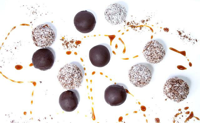 vegan, glutenfree, glutenfrei, yunaban, healthy, treat, vanilla, cacao, maca, bliss, balls, bites, blog, blogger, schweiz, swiss, switzerland, flour, date, refined, sugar, free