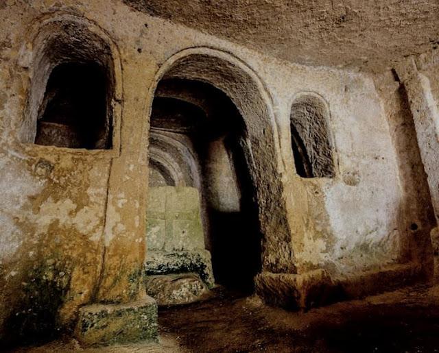 chiesa rupestre di Santa Maria al Visciolo