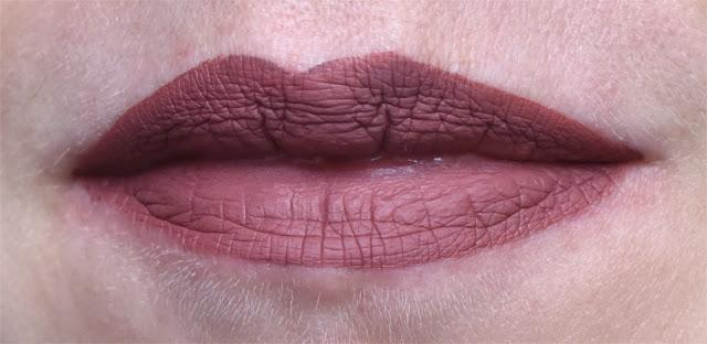Kat von D Everlasting Liquid Lipstick - Lolita - Swatches & Tragebild