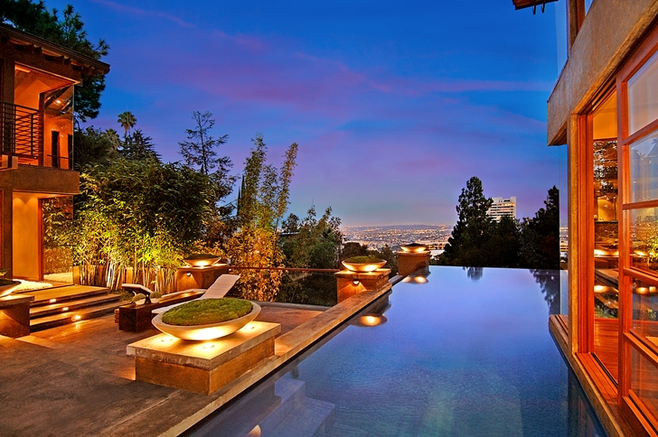 Swimming pool and the view in Calvin Harris's new celebrity house