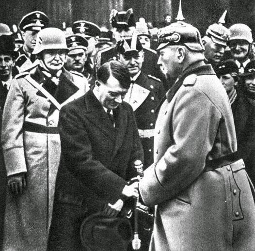worldwartwo.filminspector.com Hitler Goering Hindenburg