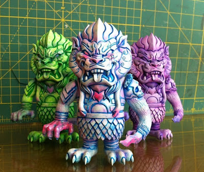 San Diego Comic-Con 2011 Exclusive Easter Egg Custom Mongolion Vinyl Figures by L'amour Supreme