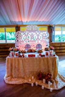 оформление свадьбы персиковое