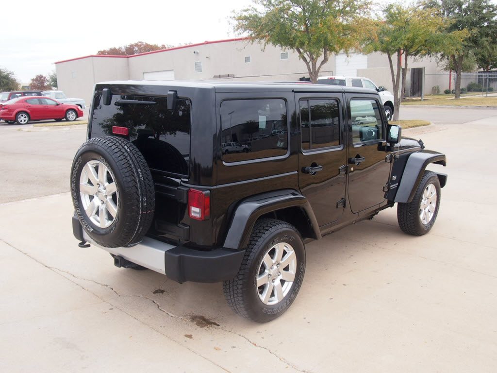 for sale a loaded 2011 jeep wrangler unlimited 70th anniversary call troy young 817 243 9840 dfw. Black Bedroom Furniture Sets. Home Design Ideas