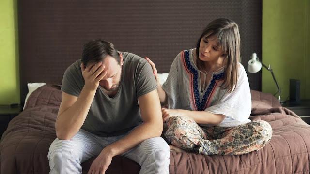 Suami Juga Mengalami Gejala PMS Lo! Begini Cara Membantu Mengatasinya