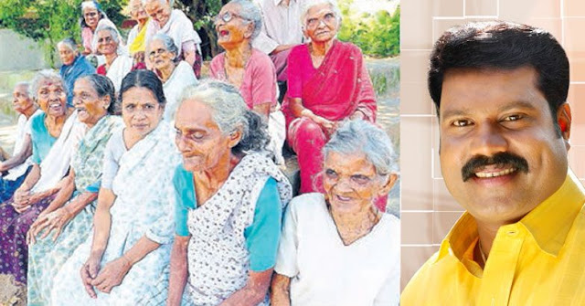Some twenty destitute mothers sobbing for Kalabhavan Mani