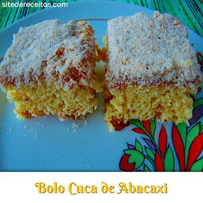 Bolo cuca de abacaxi