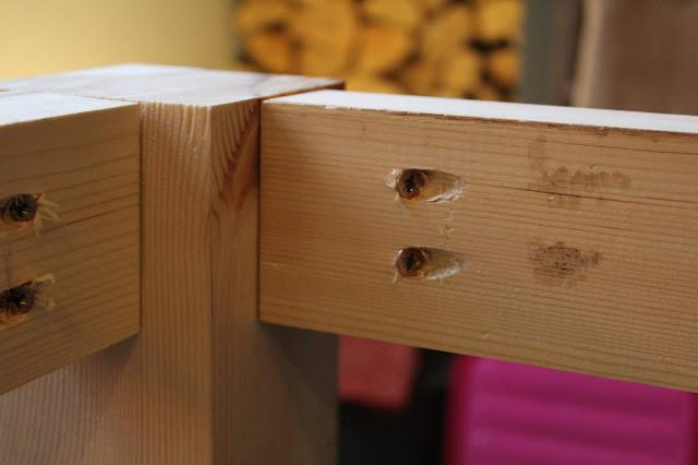 DIY Pocket Holes on Table Frame