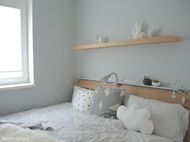 mein schlafzimmer habe ich schon sehr lange nicht mehr gezeigt von den mbeln her hat sich auch nichts wesentliches verndert doch die deko am regalbrett - Gemutlich Gebrauchte Schlafzimmer Gedanken