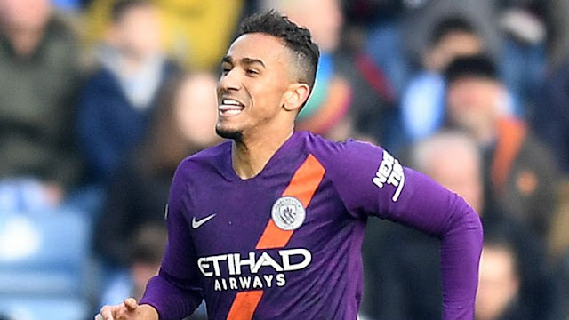 Danilo Huddersfield Town Vs Manchester City