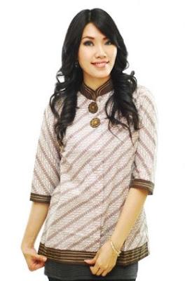 Baju batik lengan panjang untuk remaja putri