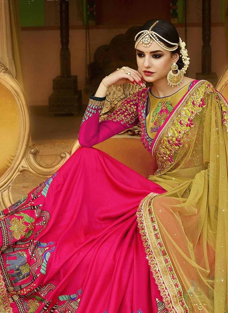 Saree: A Replica of Pure Grace, Elegance and Beauty