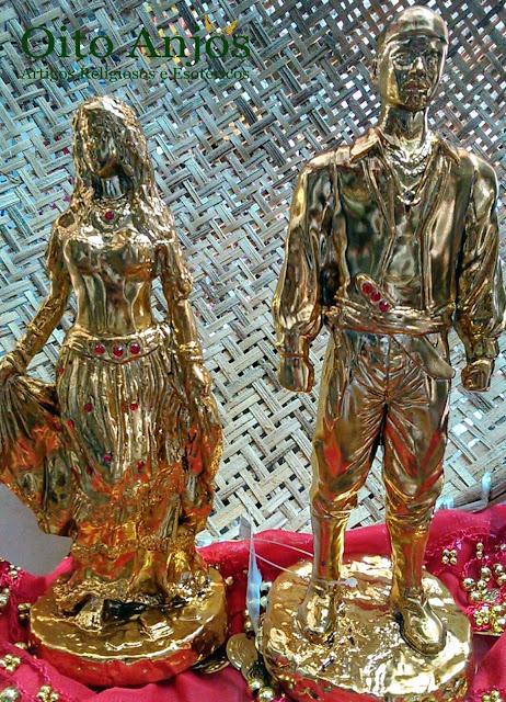 Casal Ciganos Dourados Resina