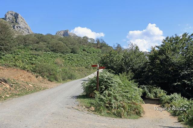 Ruta del Valle del Lago del Parque natural de Somiedo, Asturias
