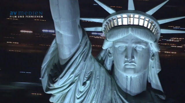 Close up photo of Statue of Liberty