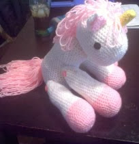 http://tawanascutecrochet.weebly.com/uploads/5/6/8/9/5689384/how_to_crochet_a_horse_or_unicorn_toy.pdf