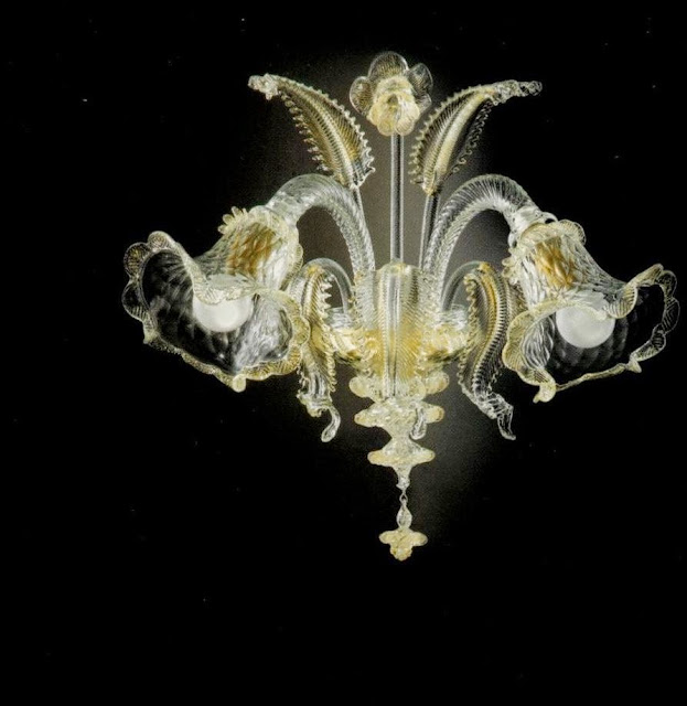 classic-murano-chandelier-with-gold