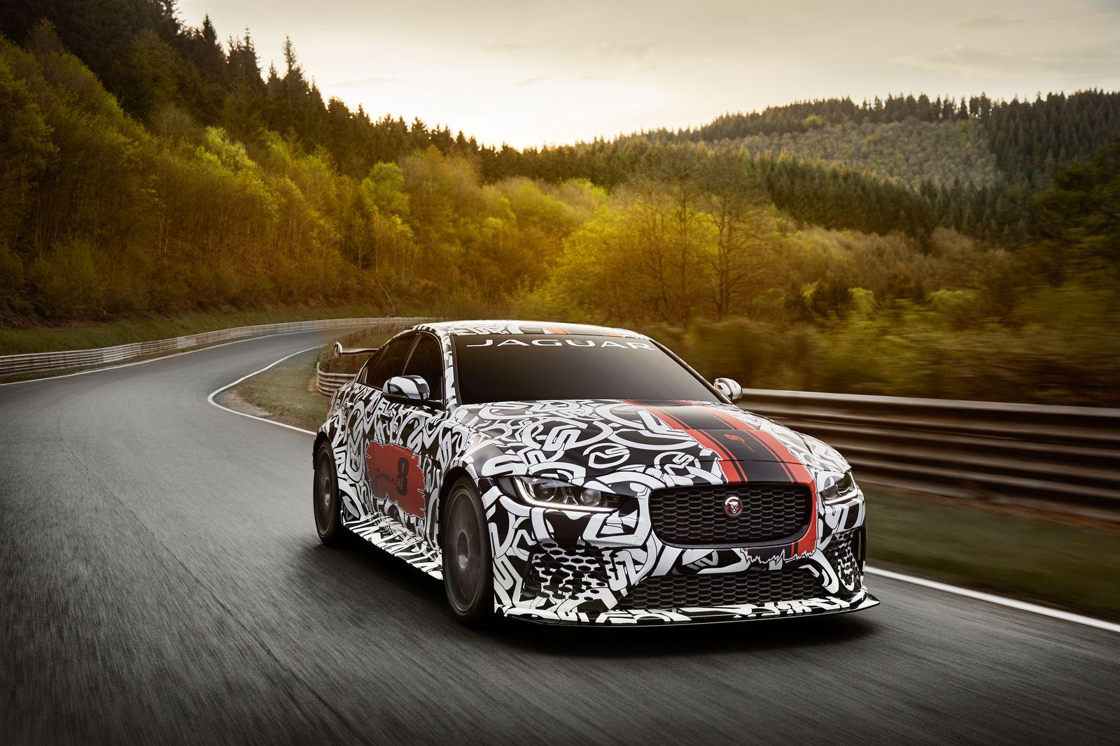 Jaguar-XE-SV-Project-8-5.jpg