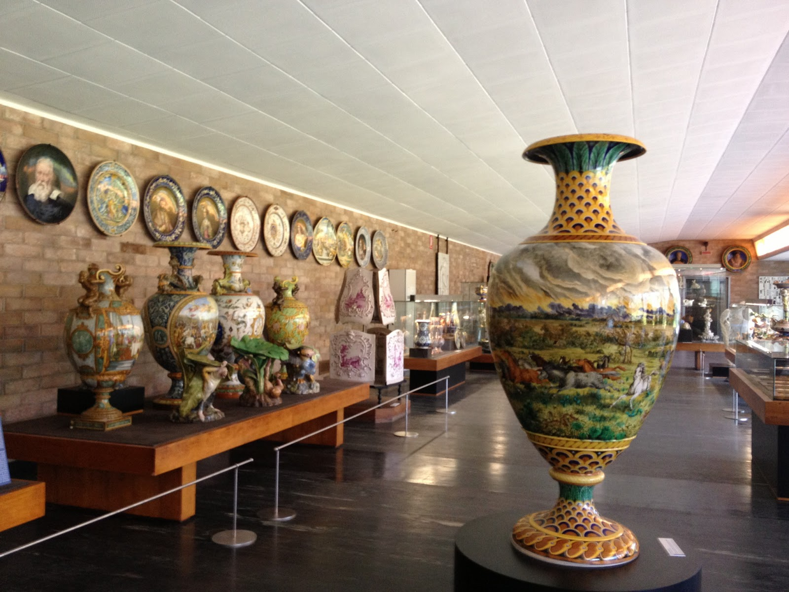 Pottery Museums In Tuscany