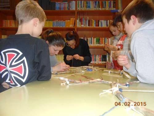Καστοριά: Στη Βιβλιοθήκη με μπρελόκ και μομπίλ (φωτογραφίες)