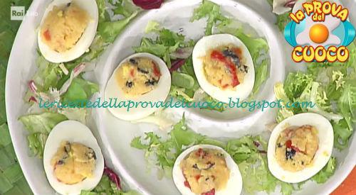 Ricetta delle Uova al cous cous da La Prova del Cuoco