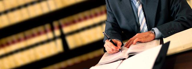 Abogado y Derecho administrativo economico