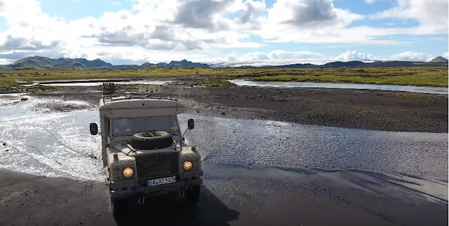best car rental in Iceland and 4WD jeep