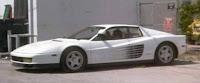 Imagen del Ferrari Testarrosa de color blanco de Sonny en la serie Miami Vice