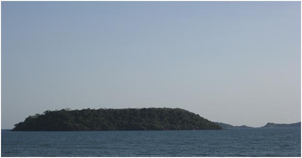 Pequeno (Bat) Island