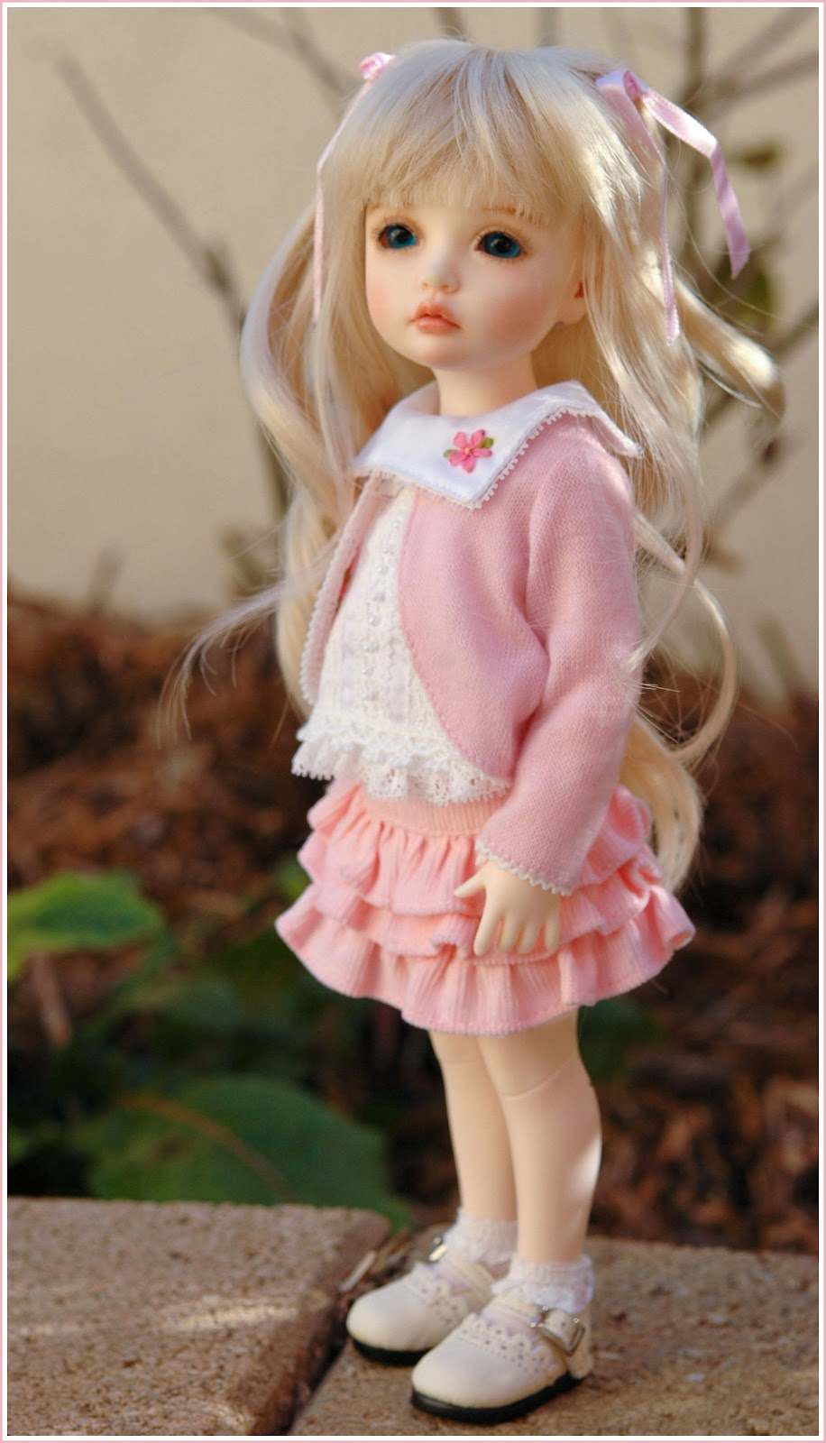 Rose: Cut Dolls