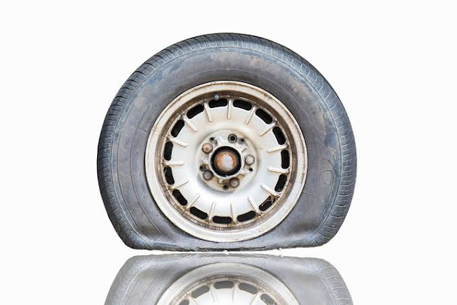 Tubeless tyres tyre pressure tyre puncture MRF TVs ceat,Tubeless tyres
