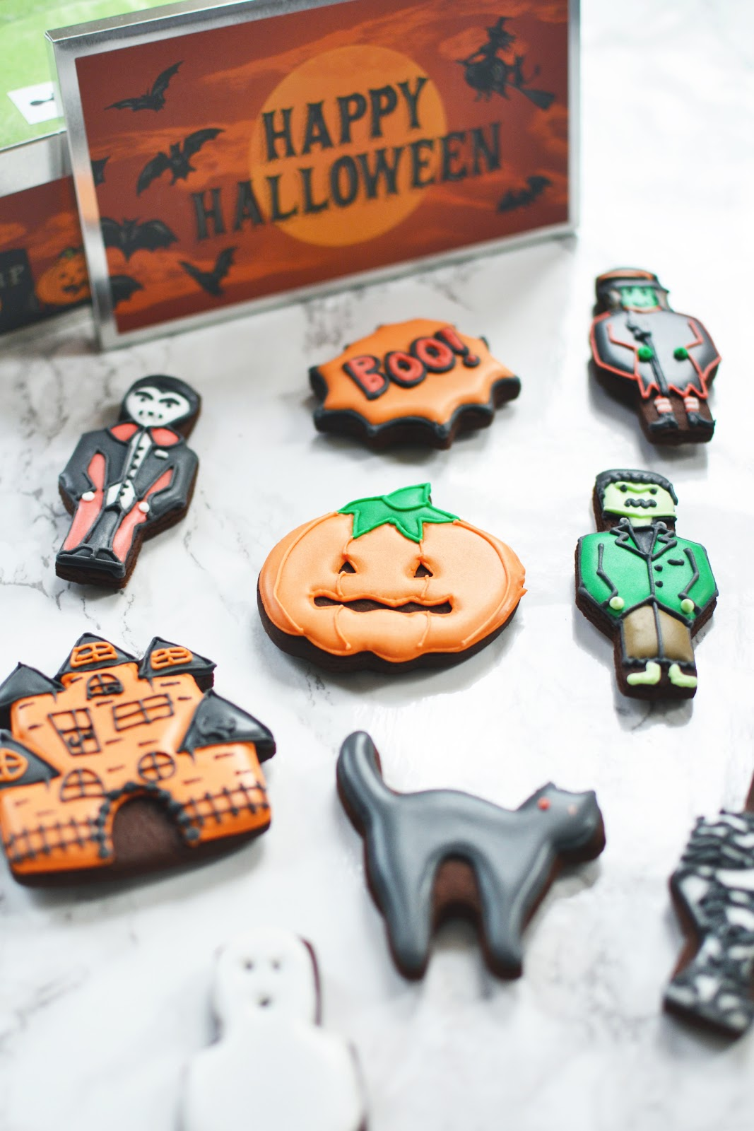 Halloween biscuits, ice biscuits from biscuiteers