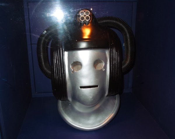 Doctor Who 1975 Cyberleader Revenge of the Cybermen