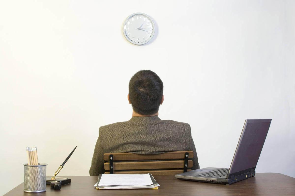 5 Aplikasi Peneman Waktu Kosong Disaat Kerja