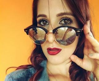 Youtuber Evelyn Aline cria site de compras 'JH Mimos'